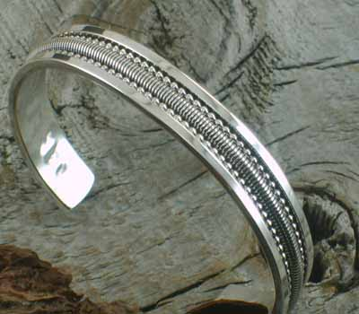 Native American Jewelry /Sterling Silver Cuff Bracelet - sz 6.5