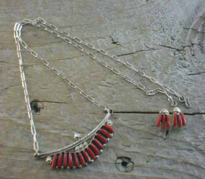 Native American Necklace Coral Zuni